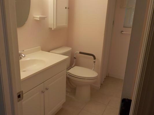 Lot-1-Guest-Bath