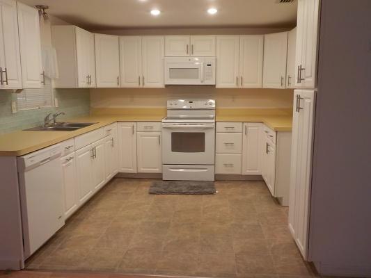 Lot-1-Kitchen