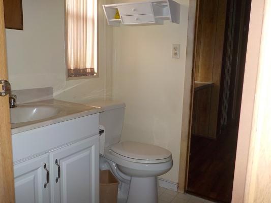 LOT-191-Guest-Bath